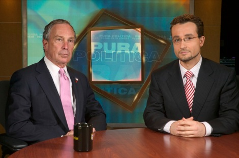 In June 2005, New York mayor Michael Bloomberg during Pura Política first program